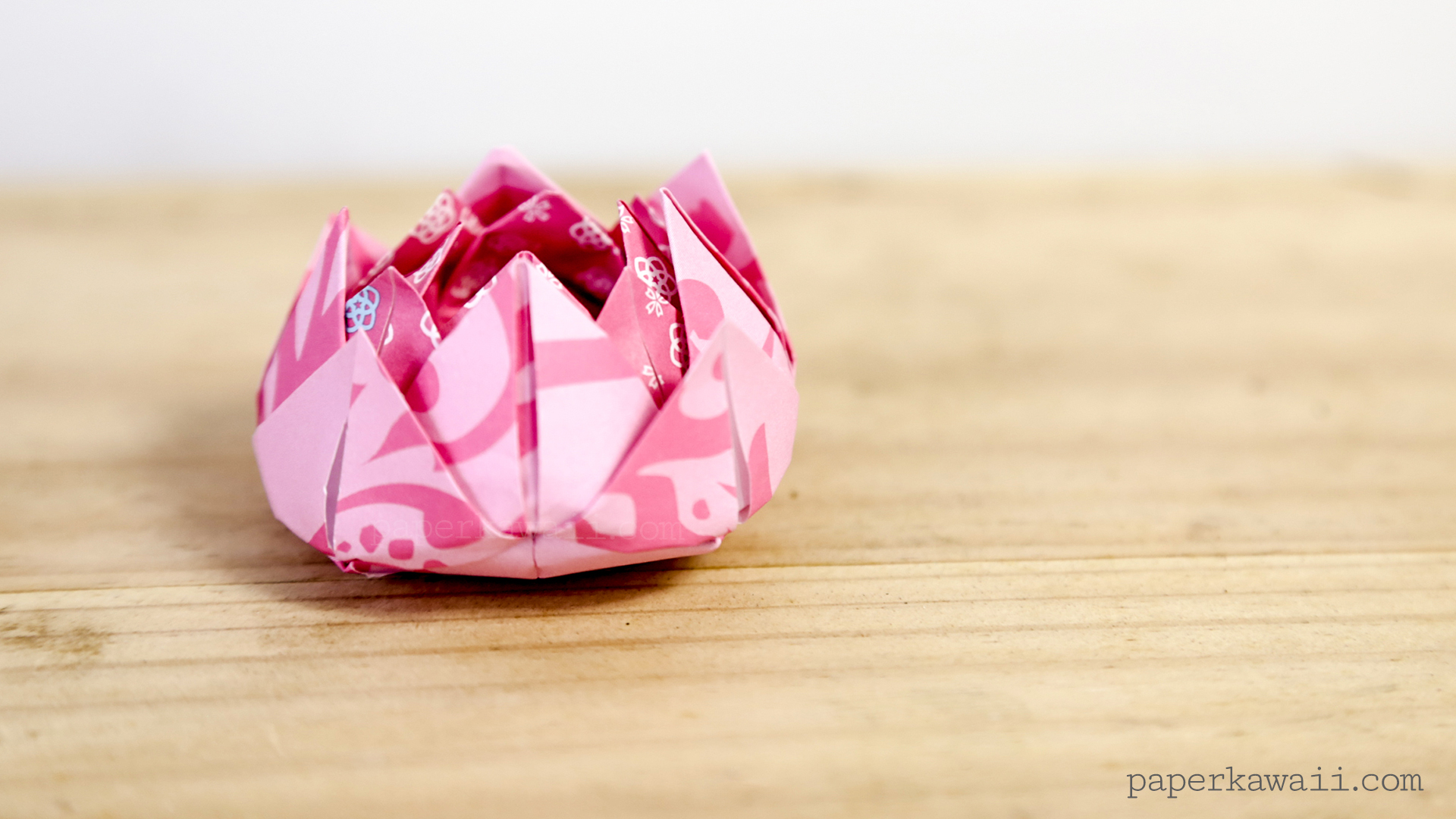 Traditional origami lotus instructions paper kawaii a photo tutorial is available on the origami photo tutorials page easy traditional origami lotus instructions izmirmasajfo