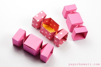 Square Origami Candy Box Instructions via @paper_kawaii