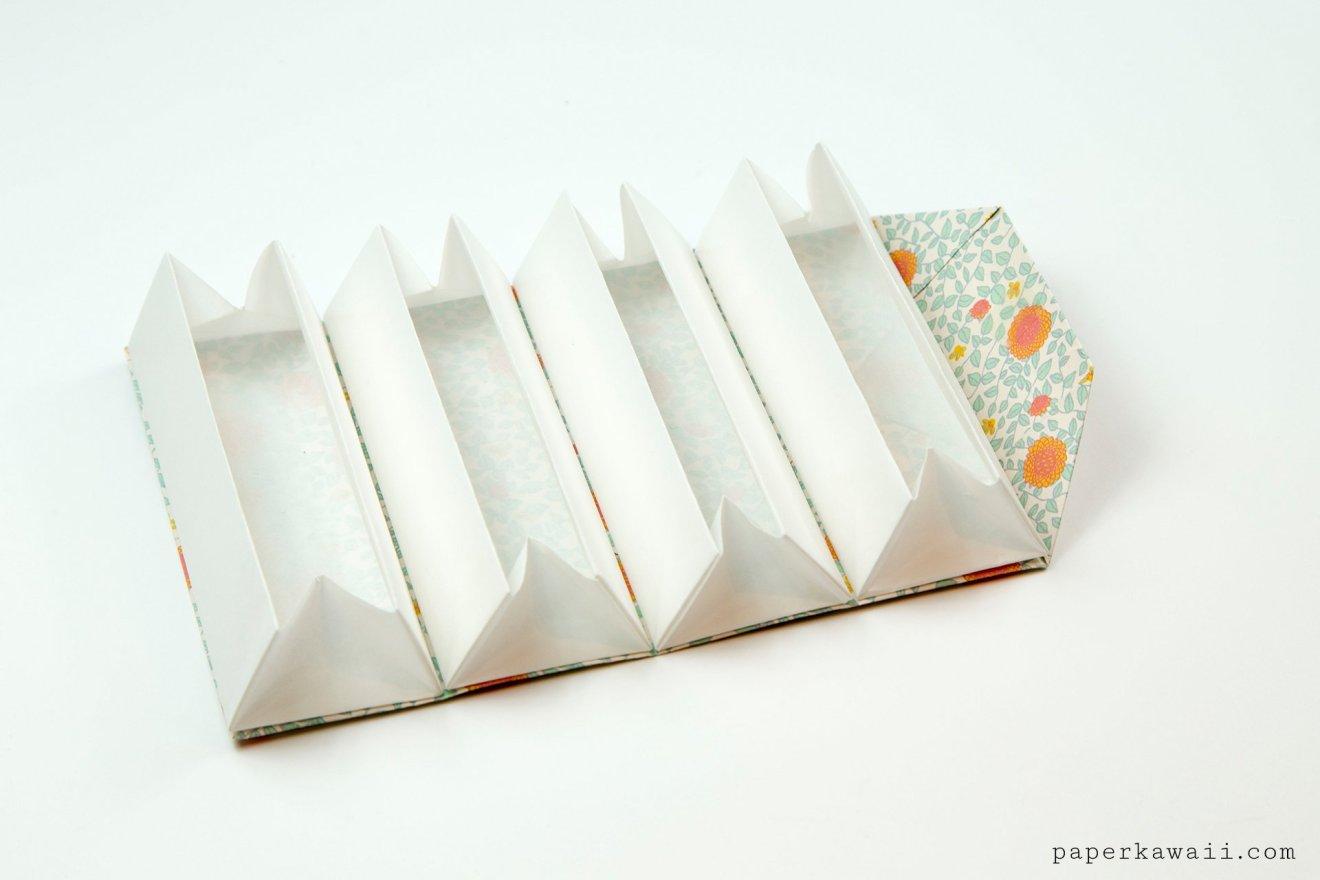 Origami Accordion Box Tutorial - DIY Roll Up Box via @paper_kawaii