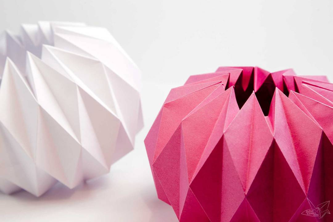 Origami Vase Cover Tutorial - Accordion Origami via @paper_kawaii