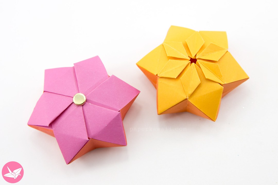 Origami Hexagonal Puffy Star Tutorial via @paper_kawaii