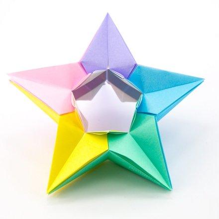 Modular Origami Star Tutorial - Salman Ebrahimi via @paper_kawaii
