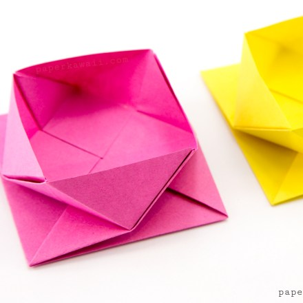 Square Origami Tray / Table Caddy Tutorial via @paper_kawaii