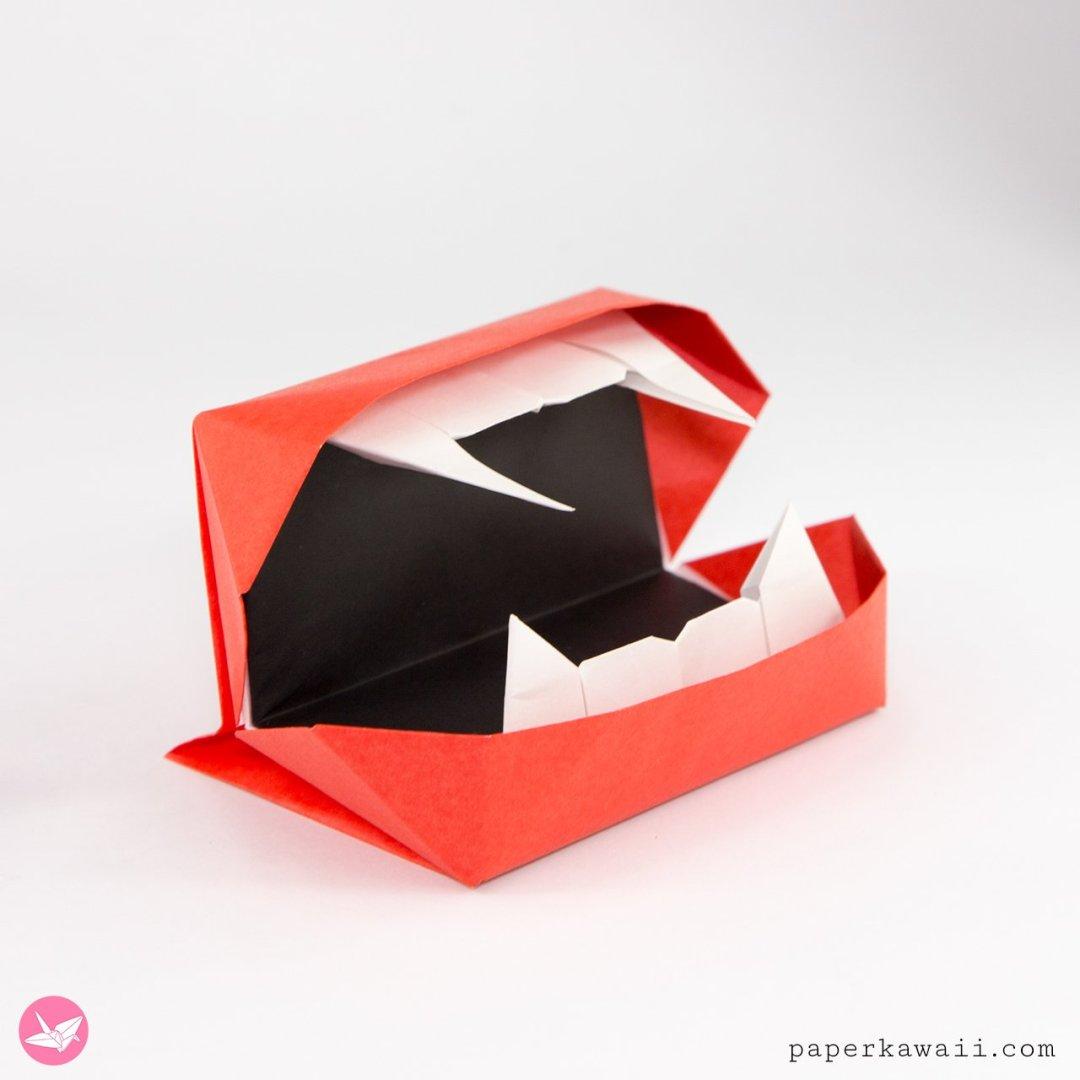 Origami Vampire Mouth Toy Tutorial via @paper_kawaii