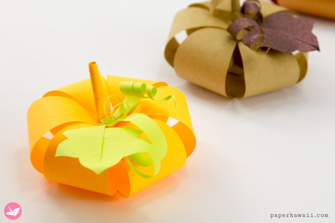 Easy Paper Pumpkin Tutorial & Free Template via @paper_kawaii