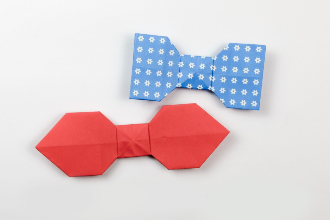 Bow Tie via @paper_kawaii