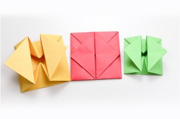 Folding 5 Pointed Origami Star Christmas Ornaments | 233x350