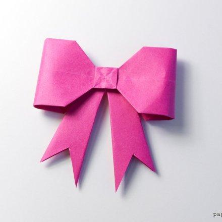 Origami Bow Tutorial - New Version via @paper_kawaii