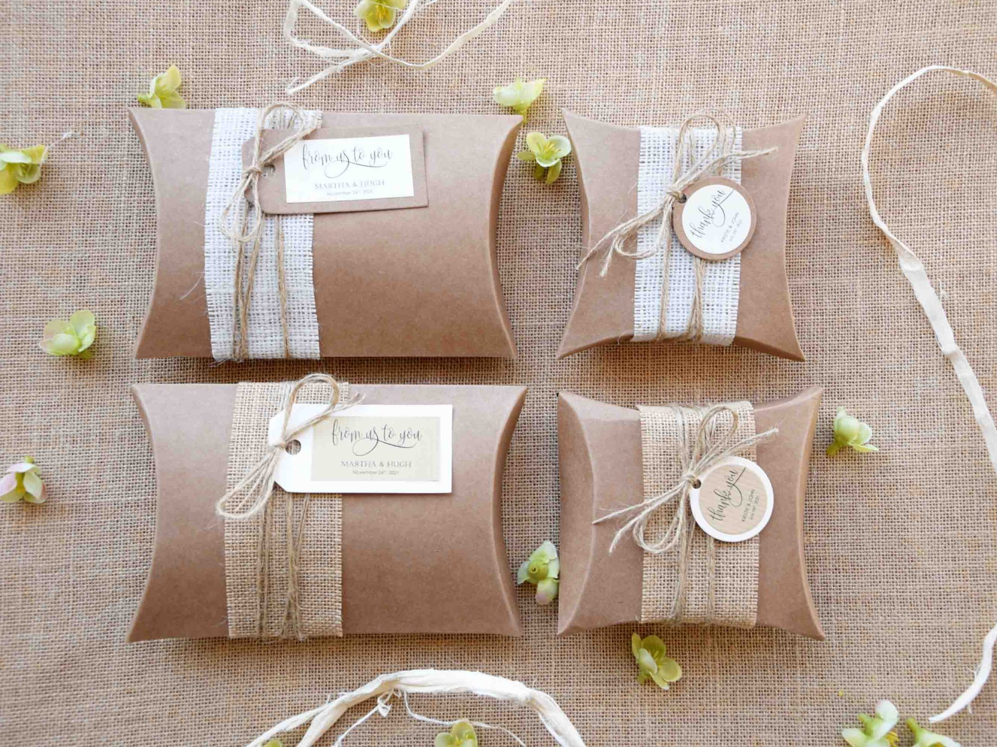 Rectangular or Square Burlap Pillow Boxes #favorboxes #kraftpillowboxes #rusticpillowboxes #largefavorboxes #burlappillowboxes #rusticweddingfavorboxes