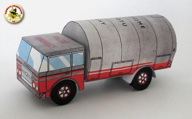 Škoda 706