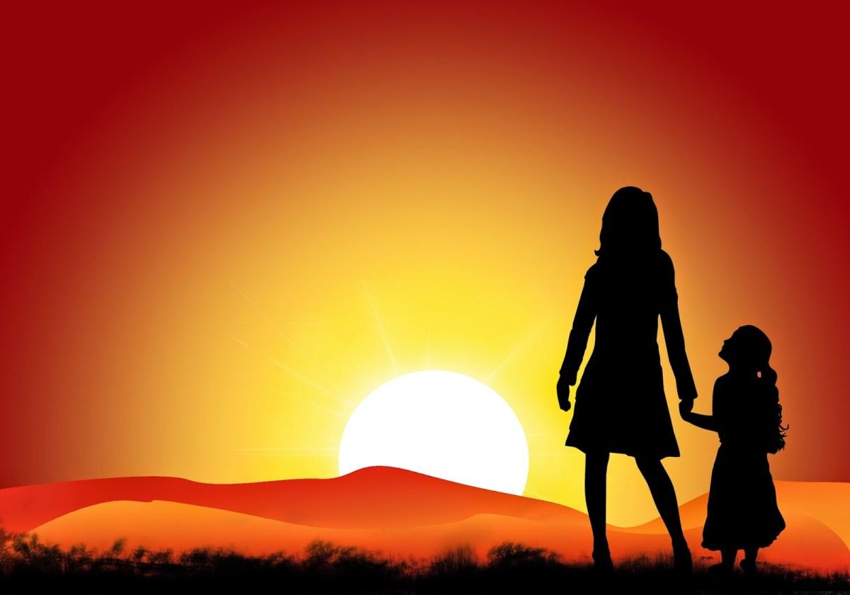mama-hija-sunset