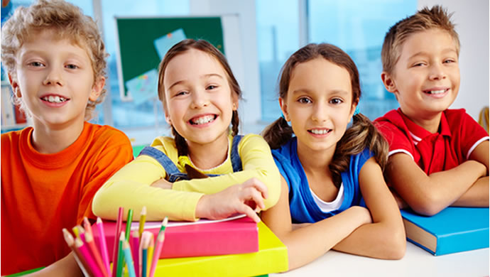 criancas-felizes-na-escola