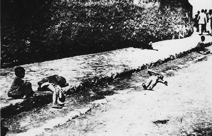 This image was titled 'Abandoned and murdered small children of the (Armenian) deportees' by Armin Wegner and was taken in 1915-1916