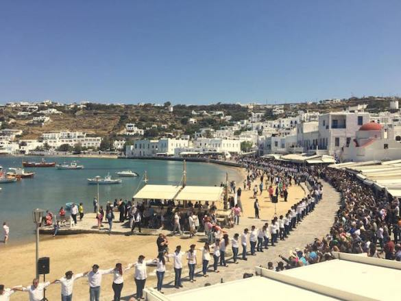 (Photos) This is How They Celebrate Palm Sunday Every Year on Mykonos