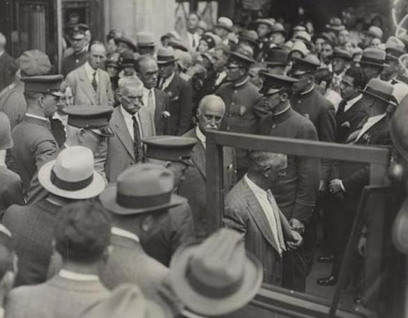 "On This Day October 4, 1929: The ""Trial of the Century"" Gripped America"