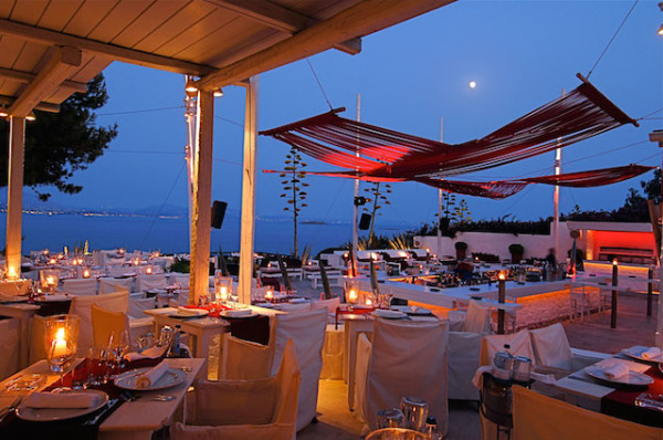 island-club-restaurant-varkiza-athens-16