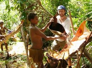 Korowai & Kombai – Papua Tree people (6/6)