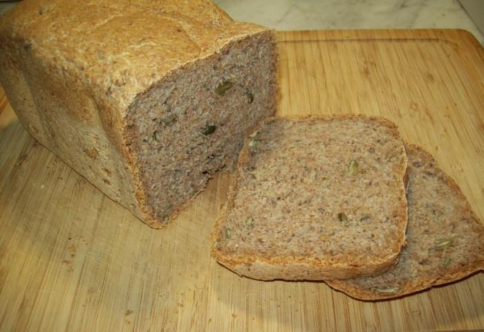 Pan de espelta integral con semillas