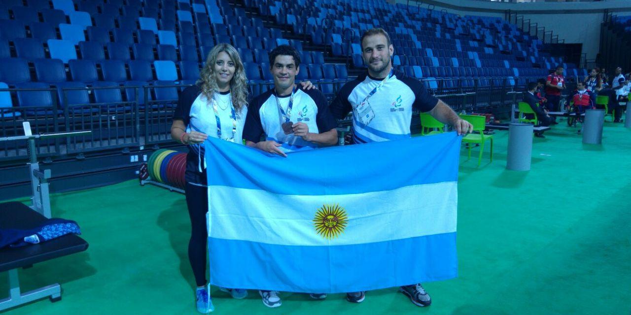 Pesas: Melgar obtuvo un bronce en la World Cup