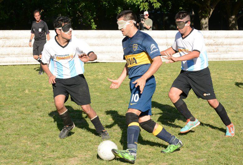 Fútbol para ciegos: La Liga Nacional se definirá en el Cenard