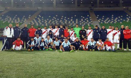 Fútbol: debut y goleada para Los Halcones