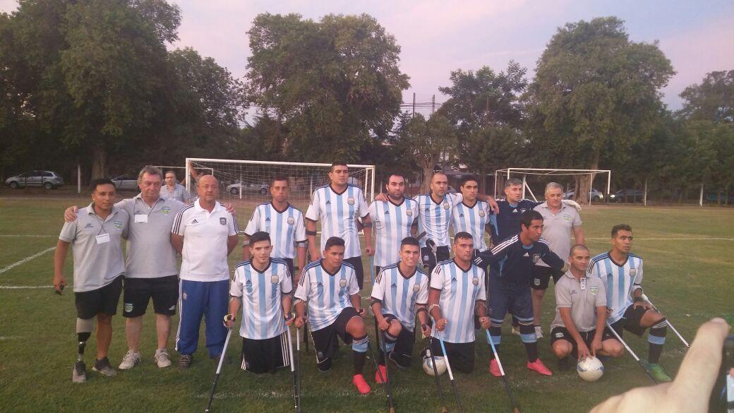 Fútbol de amputados: Argentina y Brasil juegan la final en Santa Fe