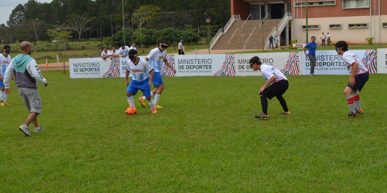 Fútbol para ciegos: la acción se traslada a Misiones