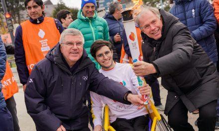 La llama olímpica de Buenos Aires 2018, relevada por atletas con discapacidad en Ushuaia
