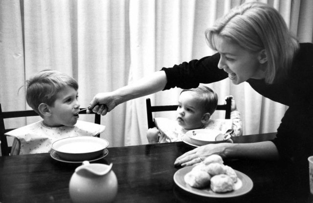mothers-photography-family-ken-heyman-5