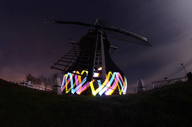 Nederlandse nachtkunstenaar | Paradijsvogels Magazine