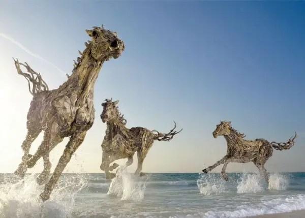 sculpturen drijfhout
