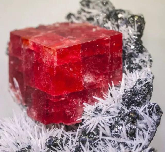 magische mineralen rodochrosiet