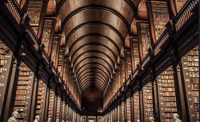 Trinity bibliotheek