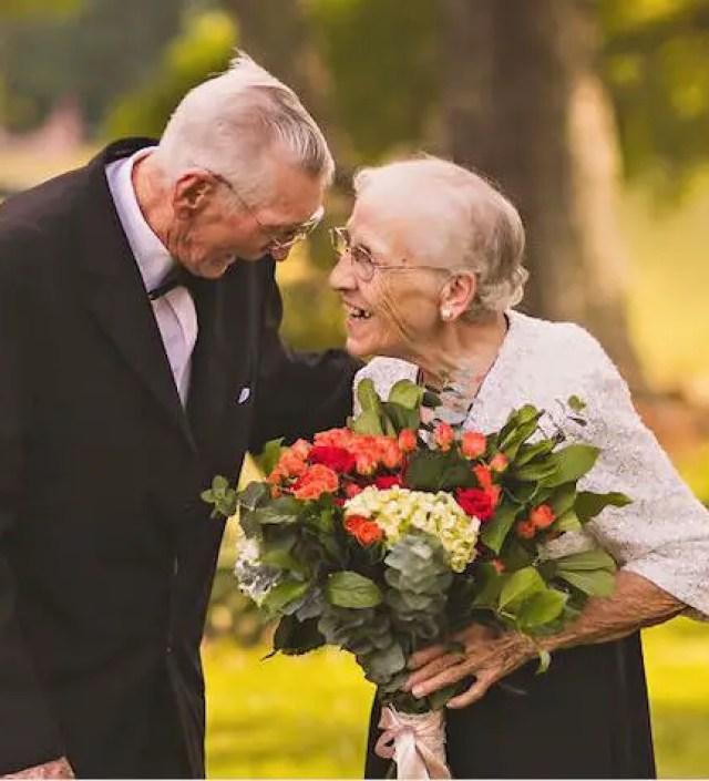 Ontroerende foto's van een 65-jarig huwelijk