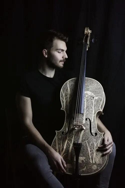 Leonardo cello