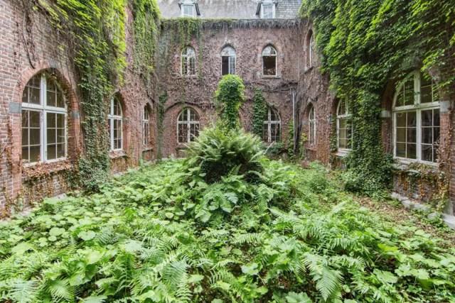 jonk-urban-exploring-natuur-verlaten-plekken-13