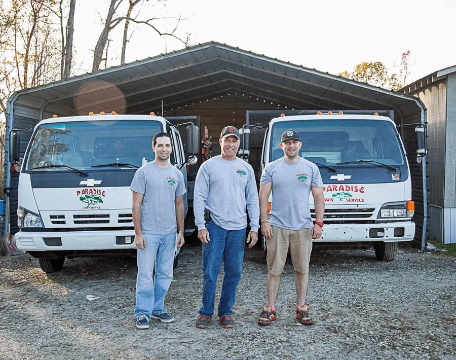 Paradise Lawn Service Team