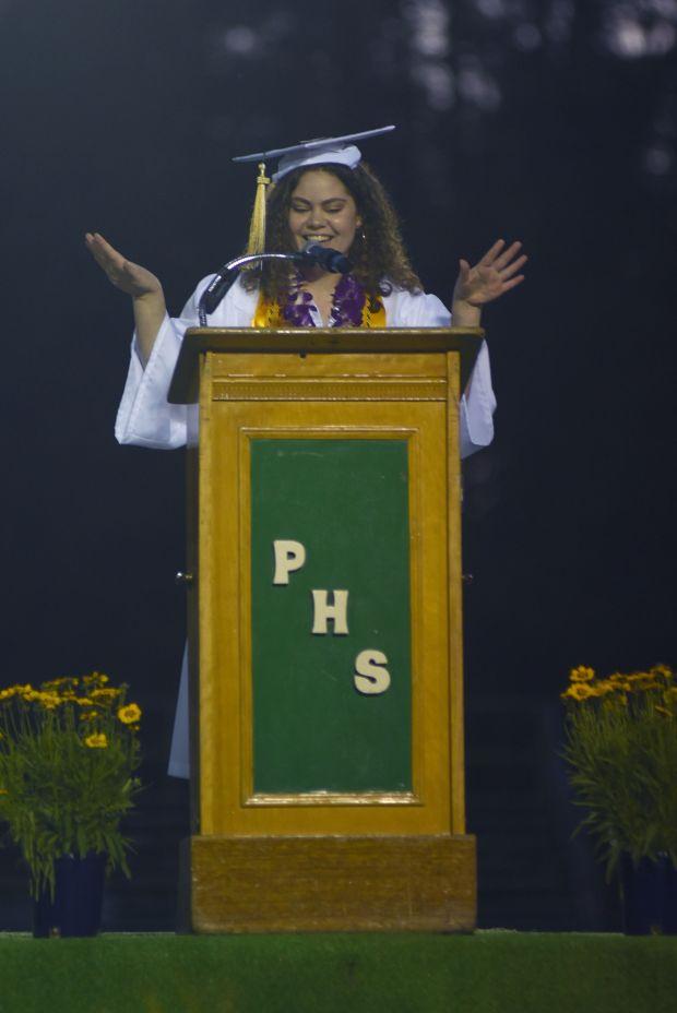 Senior Class President Rebekah Edwards speaks to her fellow classmates. Photo provided by Michael Mundt.