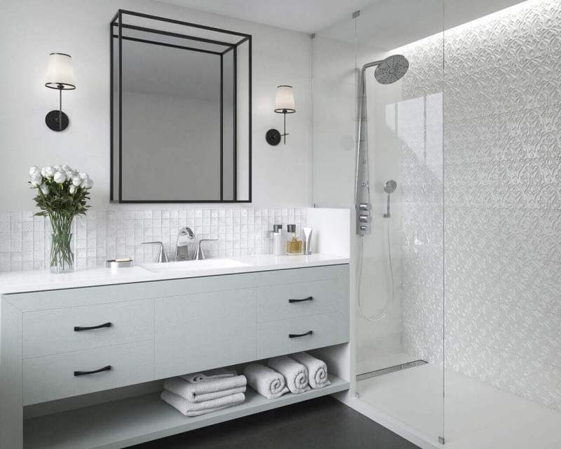 How To Visually Enlarge The Space In A Small Bathroom In The Hotel