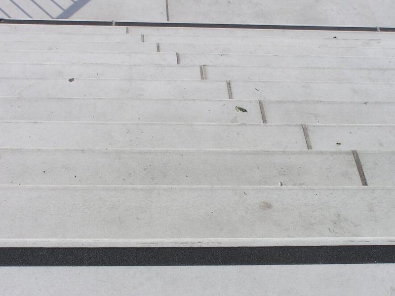 oszczędny motyw schodów