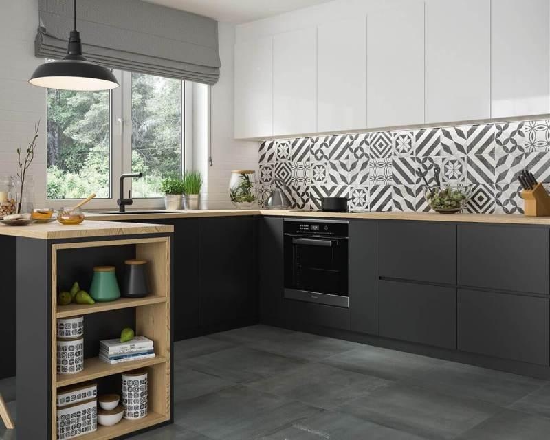 klasyczna-kuchnia-z-dekoracjami-modern