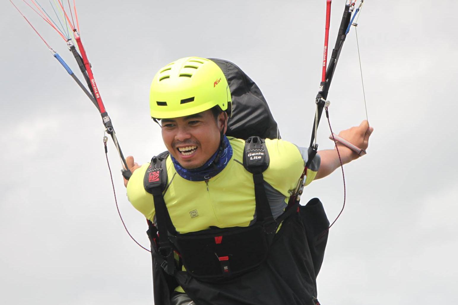Michale Vincent, Paragliding Instructor and tandem pilot