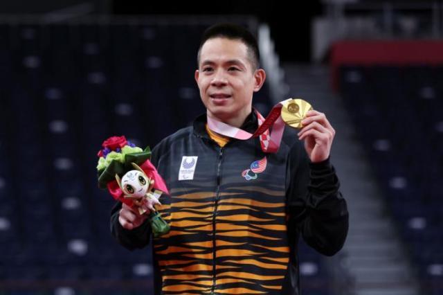 Gold medallist Liek Hou Cheah of Malaysia