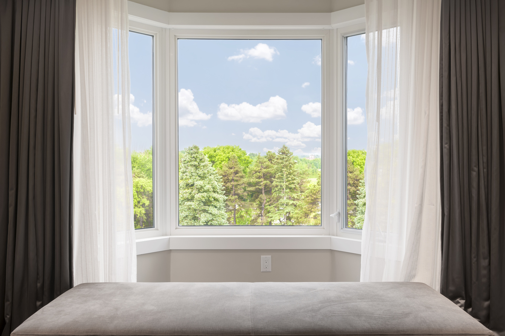 Whats The Difference In Bow Windows And Bay Windows