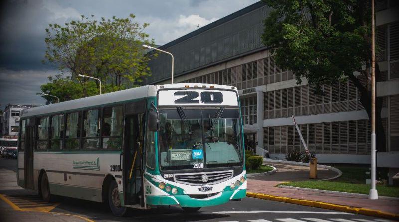 Colectivo de la línea 20 de Paraná