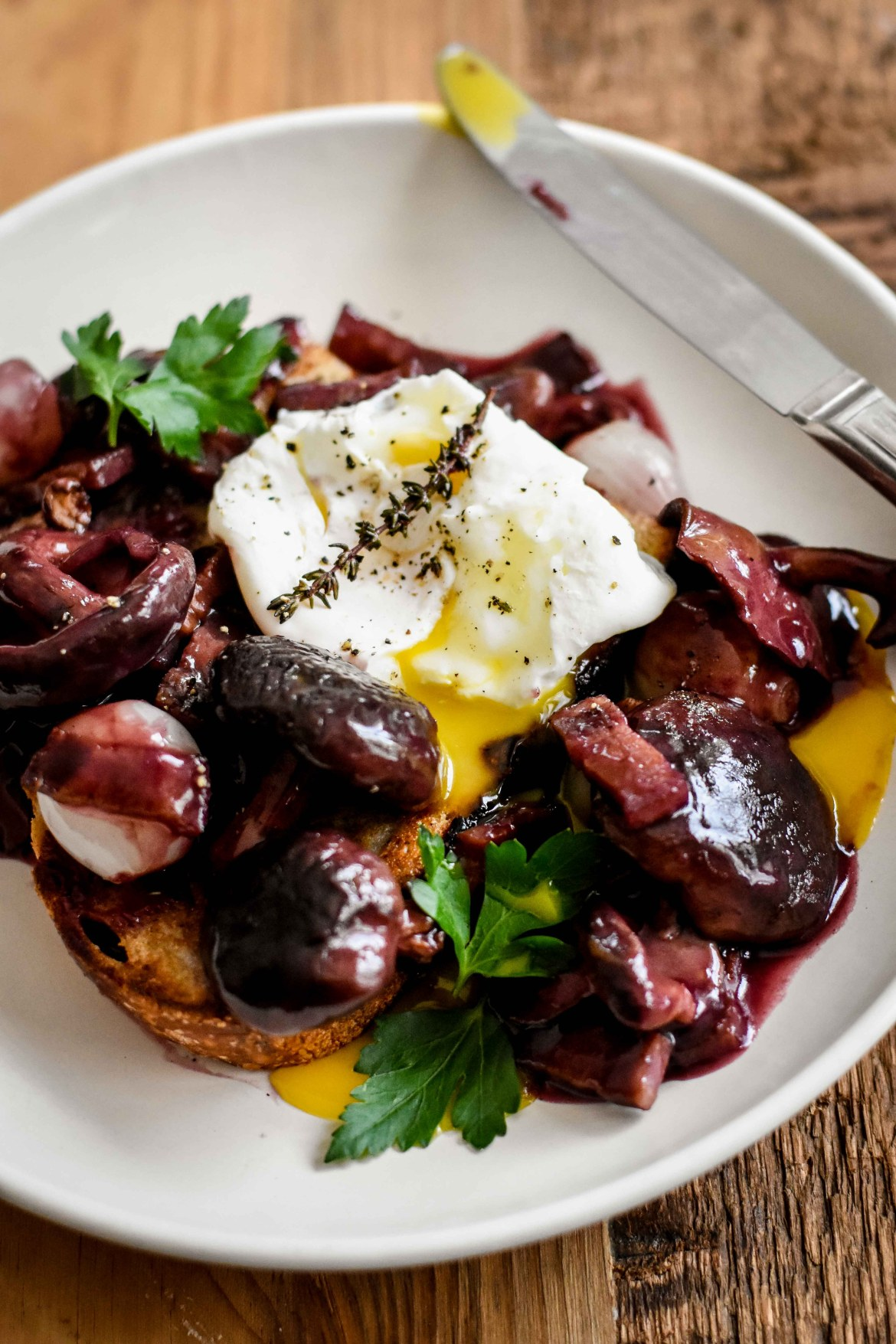 Burgundy Poached eggs