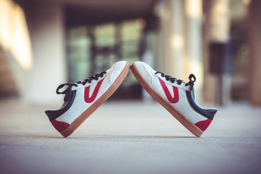 Básicos en verano: Zapatillas y Sandalias por The Trendy Surffer