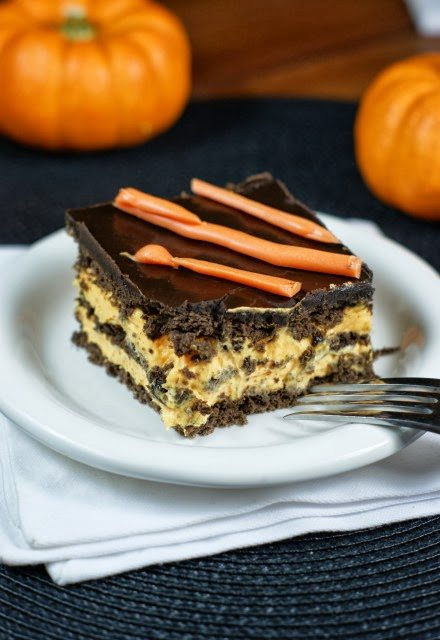 Halloween No-Bake Chocolate Eclair Dessert