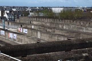 Sur le toit de la base sous-marine de Saint-Nazaire