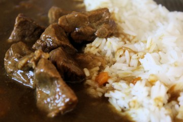 Riz et boeuf au curry